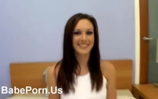 horny-pretty-young-girl-blow-job-in-casting