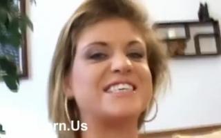 natural-busted-babe-titfuck